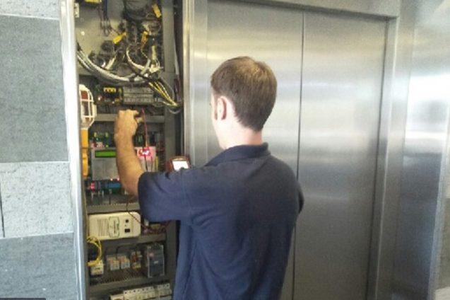 Замена лифтовых кнопок